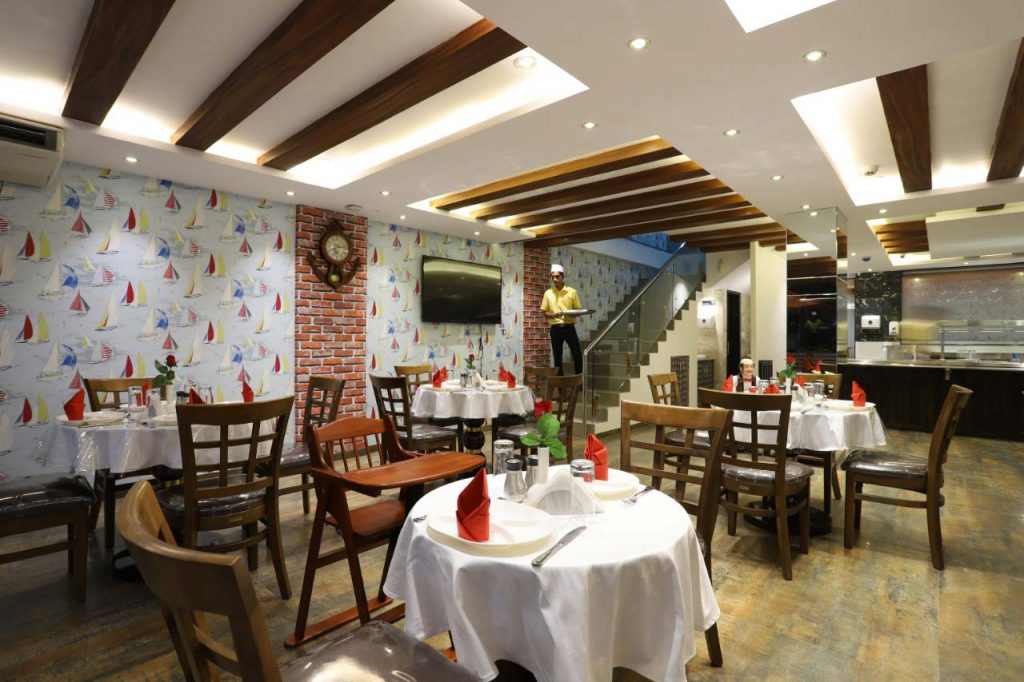 Astounding Uncle Sams Restaurant Cafe The Avenue Calangute Goa Home Remodeling Inspirations Cosmcuboardxyz